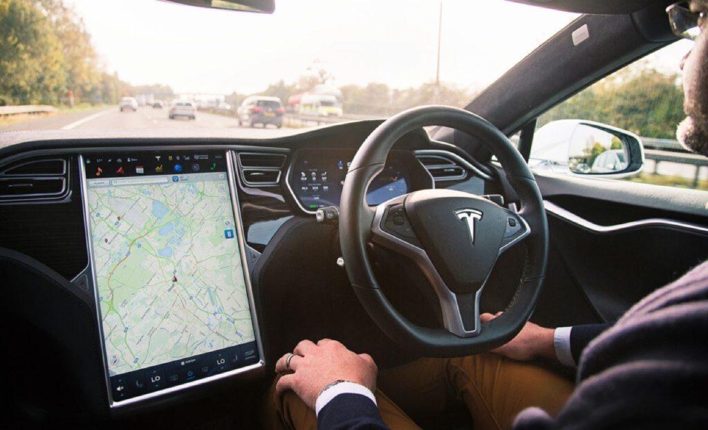 Sistemi ADAS: dal 2022 alcuni dispositivi saranno obbligatori sulle auto di nuova generazione