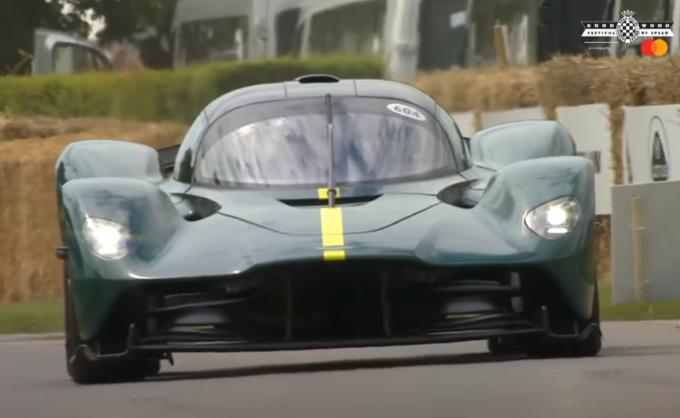 Festival of Speed 2021: il meglio delle supercar in azione a Goodwood [VIDEO]