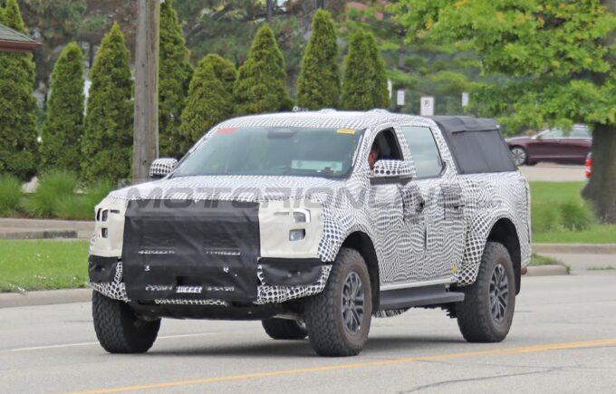Ford Ranger Raptor LHD 2023 - Foto spia 22-07-2021