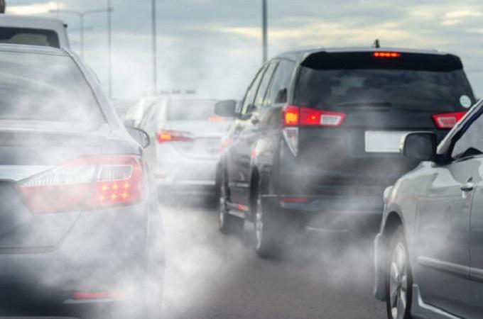 Dal 2035 solo auto elettriche? Emissioni-auto