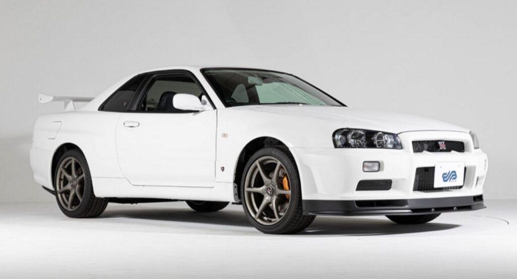 Nissan Skyline GT-R R34 V-Spec II Nur, in vendita da oltre 450 mila euro [FOTO]