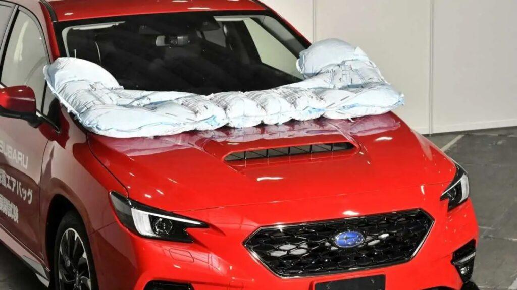 Subaru Levorg 2021: nuovi airbag esterni per la sicurezza dei pedoni