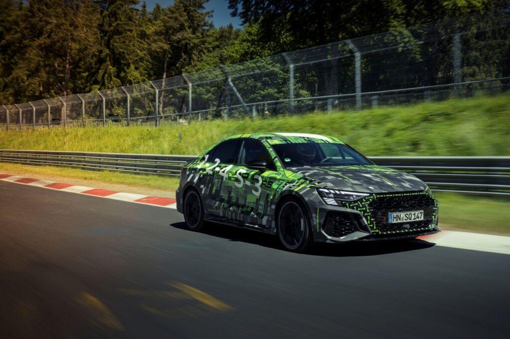 Audi RS 3 fissa un nuovo record sul Nurburgring grazie anche al Pirelli P Zero Trofeo R